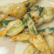 Fried zucchini flowers: the original recipe