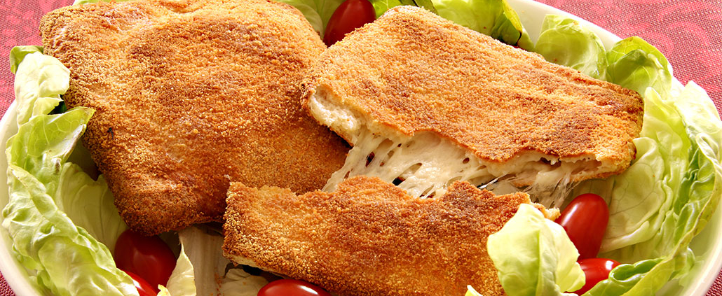 typical food in rome, fried mozzarella cheese
