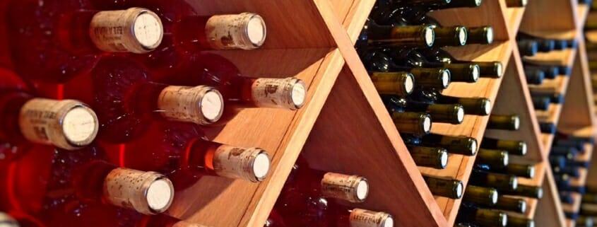 come conservare il vino in casa - how to store wine at home